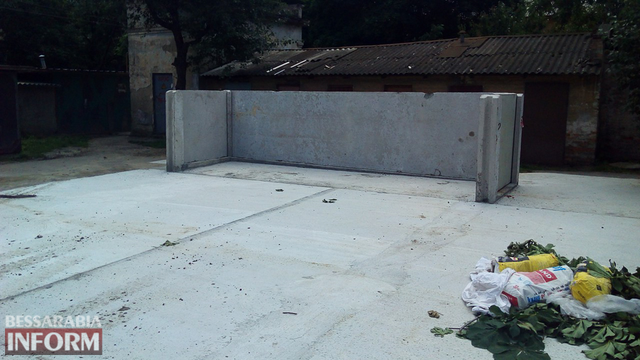 В Измаиле обустроили новую контейнерную площадку для сбора ТБО (фото)