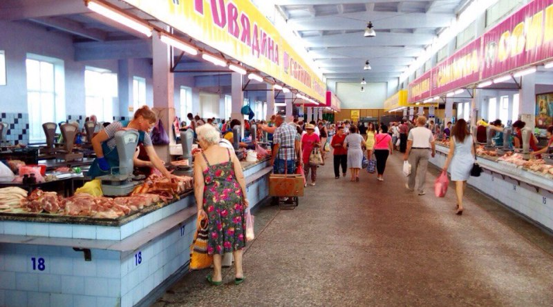 ZAM5JouBEt8 В Измаиле сняли режим ЧC: в городе открылись рынки и кафе