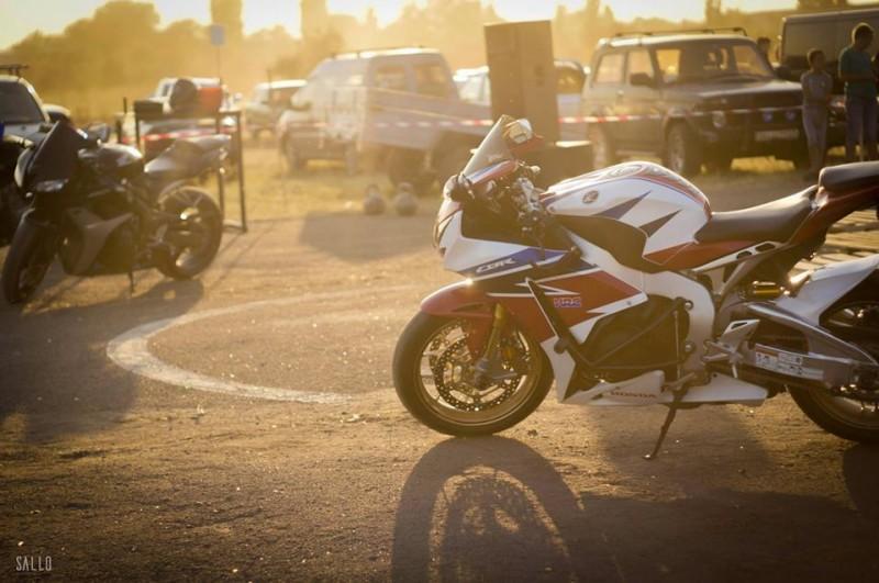 13626427_1159270207478297_1681467661363309254_n-e1469442550283 Игры для настоящих мужчин: в Килии прошли гонки на легковых автомобилях (фоторепортаж)