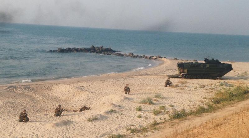 52 В Татарбунарском районе десантировались американские морпехи (фото)