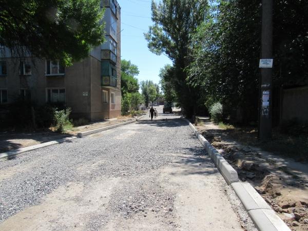 IMG_0185 Аккерман активно застилают тротуарной плиткой