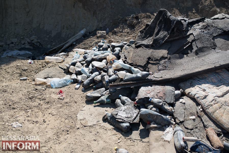 """SME_0014 Измаил: экологическая """"бомба"""" возле бывшего завода """"Эталон"""" продолжает тикать (фото, видео)"""