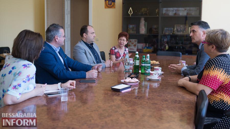 SME_9883 Измаил: ИГГУ принимал почетную румынскую делегацию (ФОТО)
