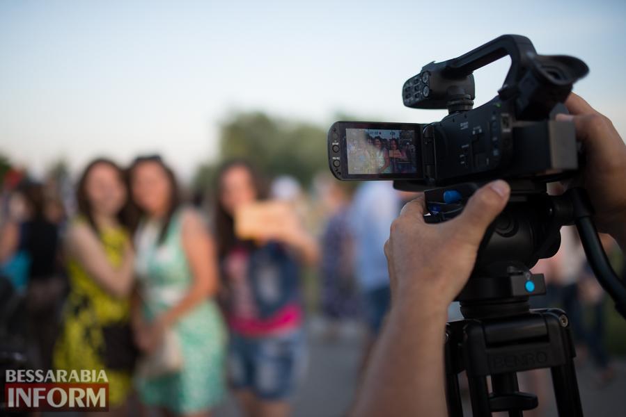 SME_9949 Фоторепортаж: в Измаиле на Купала плели венки и водили хороводы