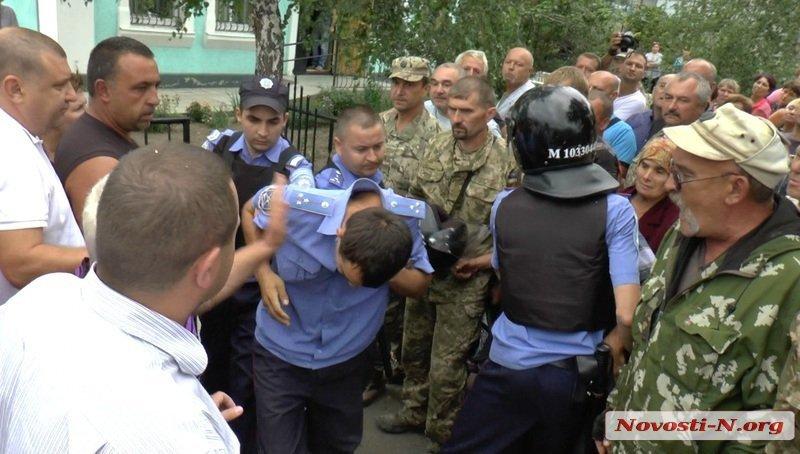 255525 В Николаевской области назревает новая Врадиевка (фото, видео)
