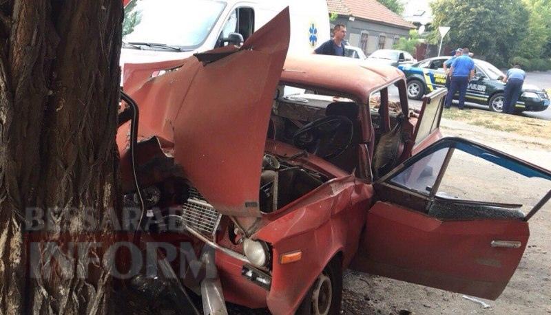 57a8b2d295dc3_LWsj5fYnEd0 Серьезное ДТП в Измаиле: на Савицкого водителю стало плохо за рулем (фото, видео)