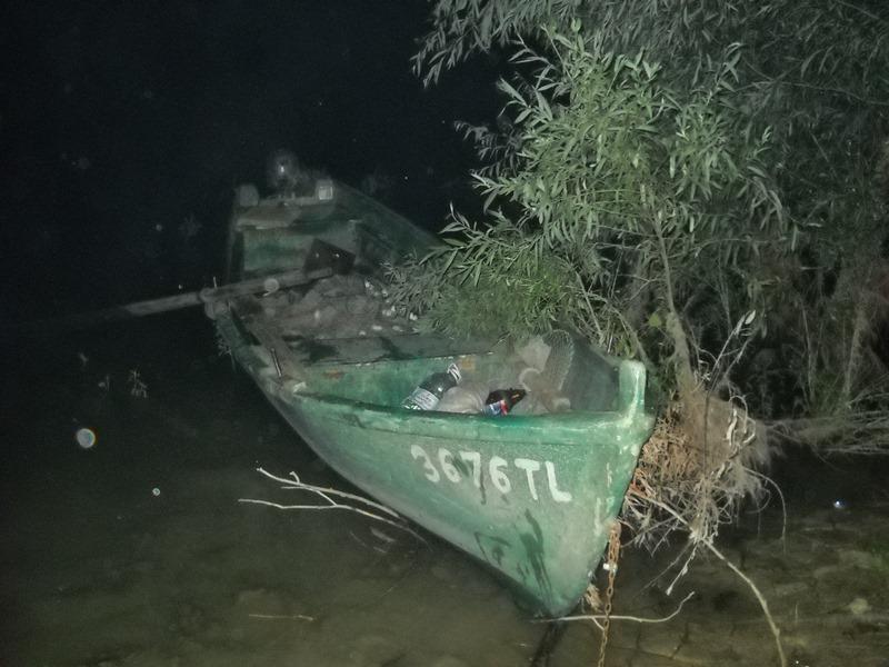 Румын на лодке незаконно пересек границу и ловил рыбу на украинской стороне Дуная (ФОТО)
