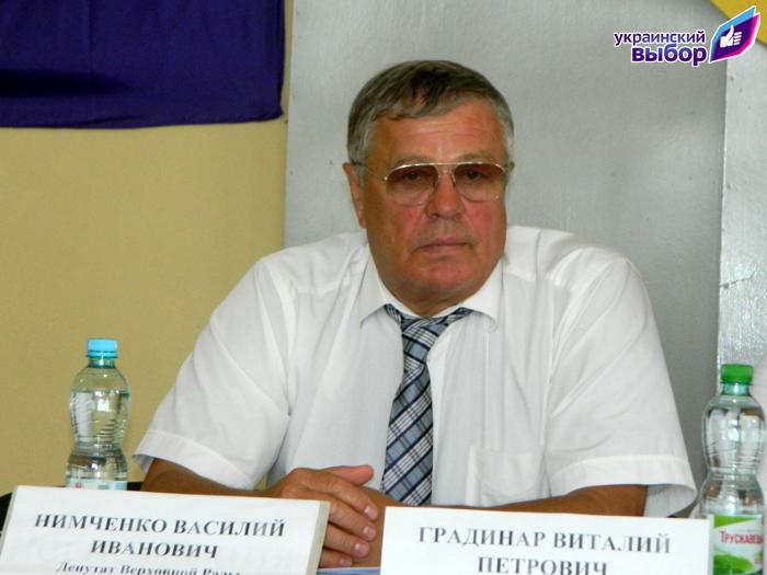 DSCN8159 В Болграде организация Медведчука попыталась выдать встречу депутата с избирателями как недовольство населения