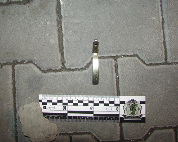 PM199image004 Ночью в Затоке неизвестные бросили гранату в автомобиль