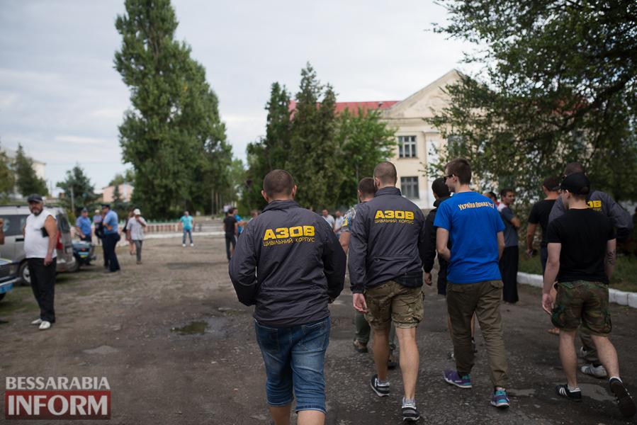 SME_2710 Митинг и похороны в один день - ситуация в Лощиновке продолжает накаляться (ФОТО)