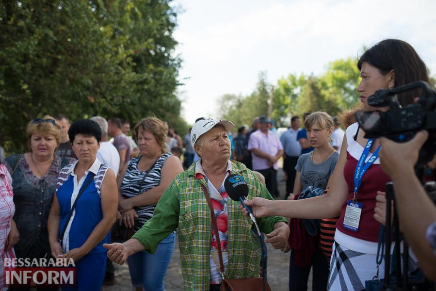 SME_2729 Митинг и похороны в один день - ситуация в Лощиновке продолжает накаляться (ФОТО)