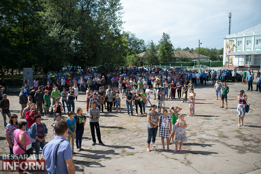 SME_2768 Митинг и похороны в один день - ситуация в Лощиновке продолжает накаляться (ФОТО)