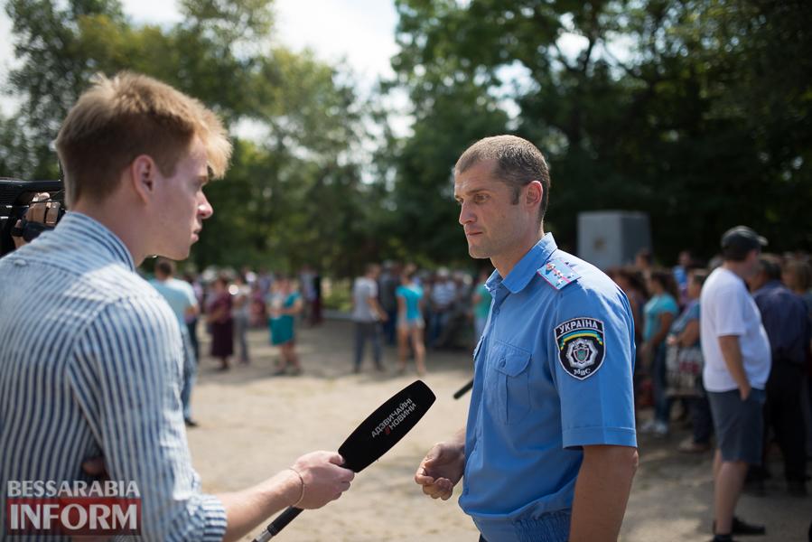 SME_2881 Митинг и похороны в один день - ситуация в Лощиновке продолжает накаляться (ФОТО)