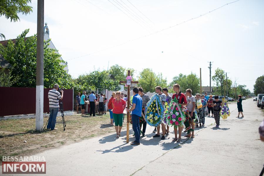 SME_2897 Митинг и похороны в один день - ситуация в Лощиновке продолжает накаляться (ФОТО)