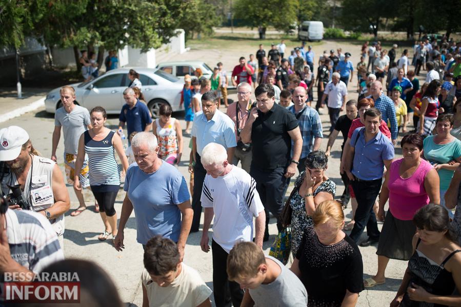 SME_2971 Митинг и похороны в один день - ситуация в Лощиновке продолжает накаляться (ФОТО)