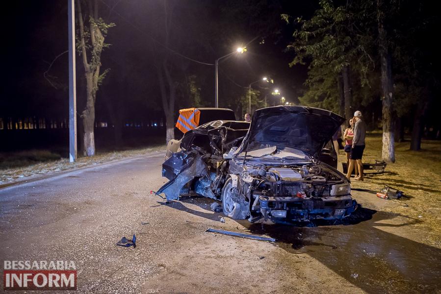 SME_3520 Измаил: водитель разбившегося ночью Nissana был нетрезв (фото)