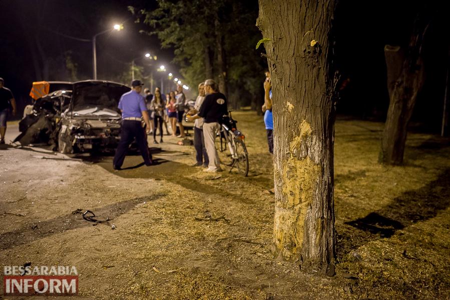 SME_3523 Измаил: водитель разбившегося ночью Nissana был нетрезв (фото)