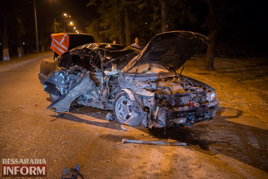 SME_3533 Измаил: водитель разбившегося ночью Nissana был нетрезв (фото)