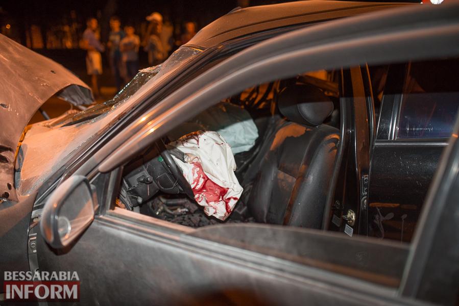 SME_3539 Измаил: водитель разбившегося ночью Nissana был нетрезв (фото)