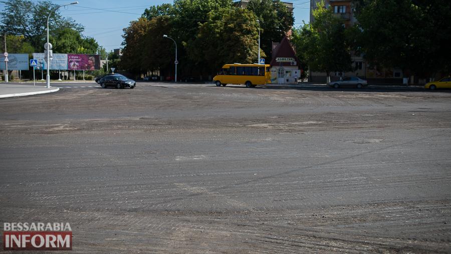 SME_4344 На въезде в Измаил одну стелу обновили и еще одну строят (фото)