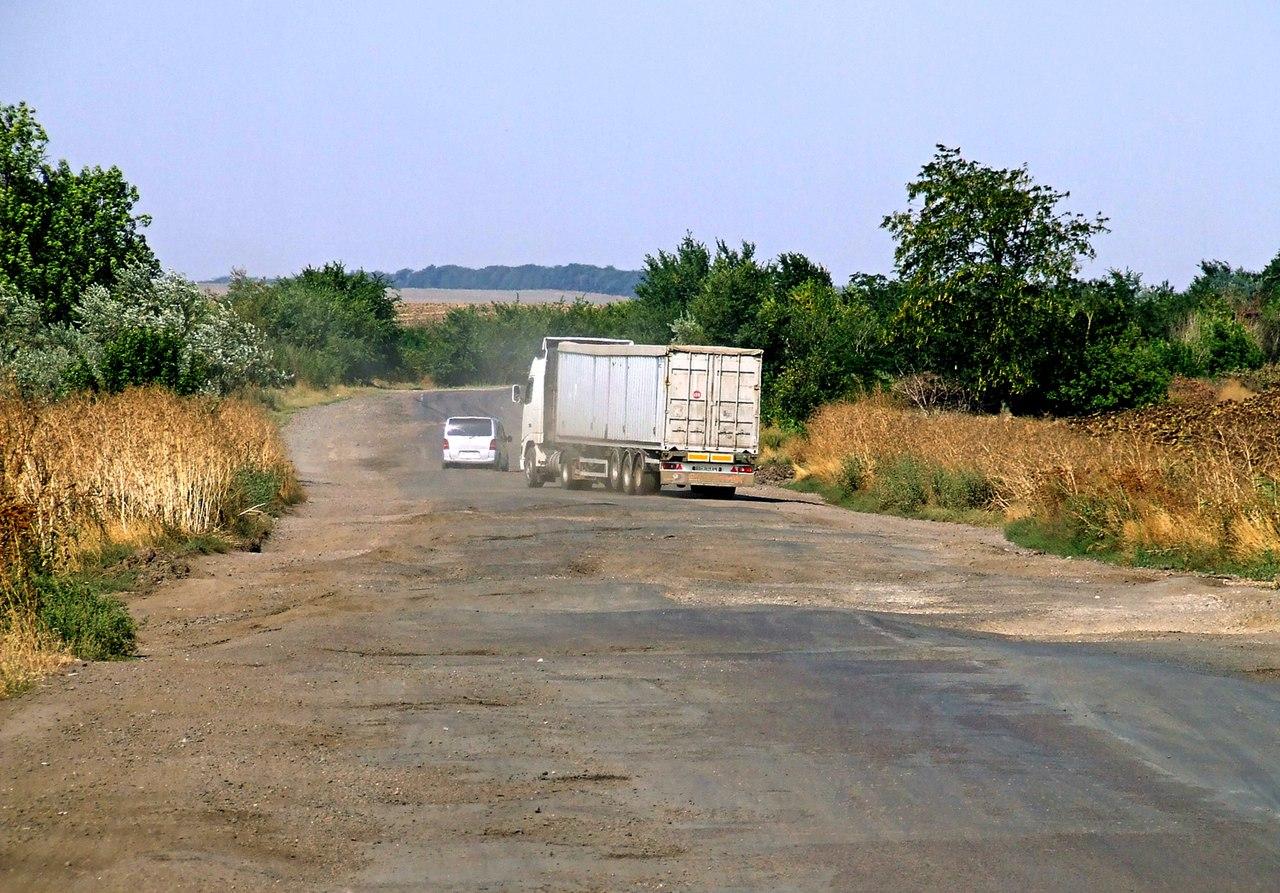 Гройсмана обманули. Как на самом деле выглядит трасса Одесса-Рени (фото)