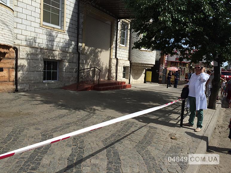 В Аккермане ищут бомбу в одном из торговых центров