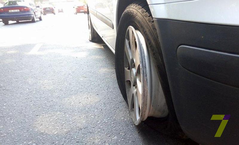 voditel-vstrechka-4 В Одессе задержали водителя автомобиля, утверждавшую, что она - бес