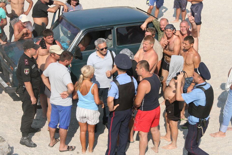 """14344742_590864551099641_799073056500474155_n Браконьеры под прикрытием полиции не дают руководству НПП """"Тузловские лиманы"""" выполнять их обязанности"""