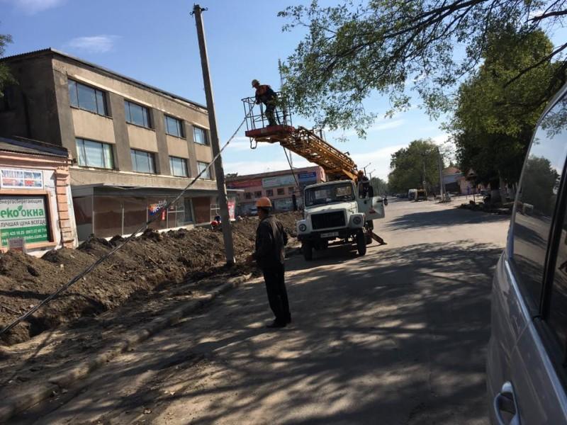 14433039_1094339710622033_3624955332189137458_n-e1475224723458 В Килии проходит масштабное благоустройство: центральная улица разрыта строительной техникой (ФОТО)