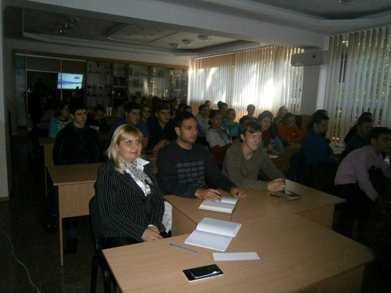 14450016_347046218969344_7141663568177579938_n Измаил: в ИГГУ волонтеры учили студентов создавать социальные проекты (ФОТО)