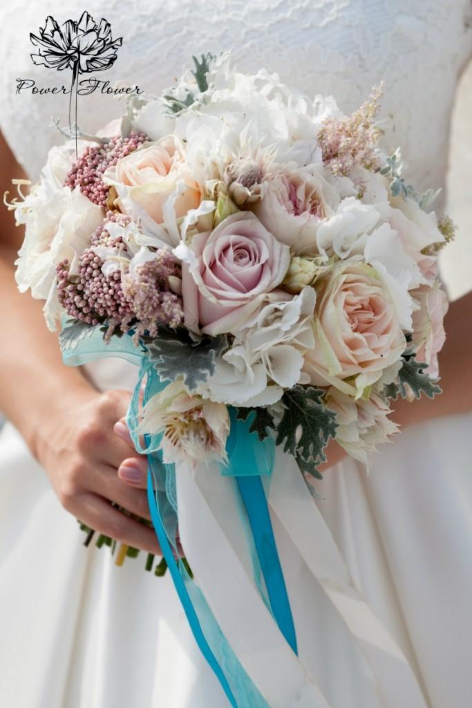 Мода на свадебный минимализм