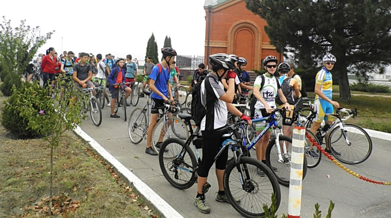 3OAgu3deMaA В Измаиле День физкультуры и спорта отметили по-велосипедному