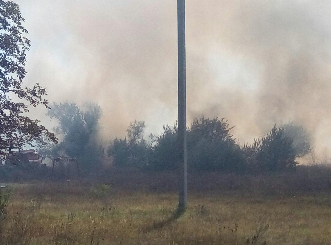 """Пожары в Измаиле: на Некрасова сгорели дачи, а на """"Копаной балке"""" людям нечем дышать"""