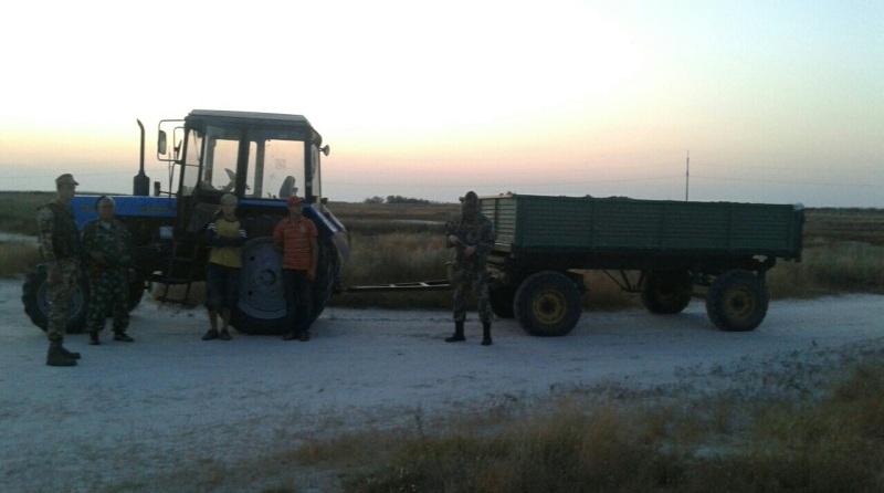 Bezymyannyj Двое жителей Килийского района незаконно добывали песок на побережье Черного моря