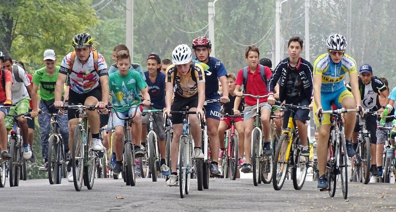 D7vkjPUyM_U В Измаиле День физкультуры и спорта отметили по-велосипедному