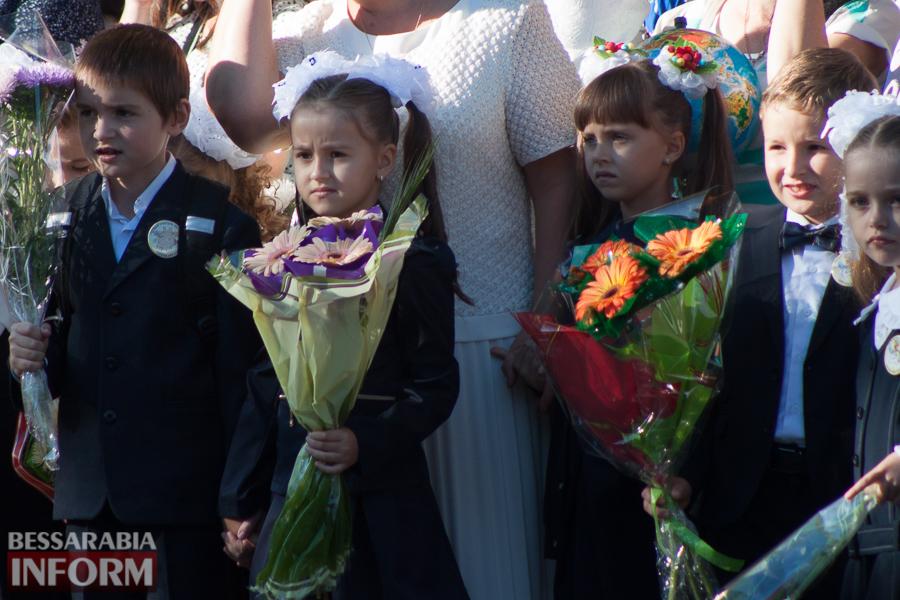 IMG_0653 1 сентября в школах Измаила раздался первый звонок (фоторепортаж)