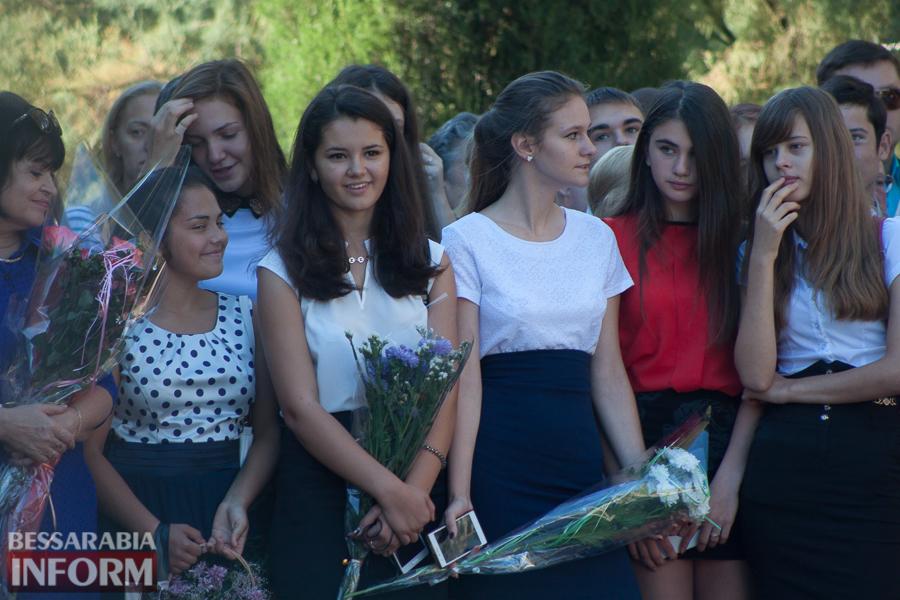 IMG_0662 1 сентября в школах Измаила раздался первый звонок (фоторепортаж)
