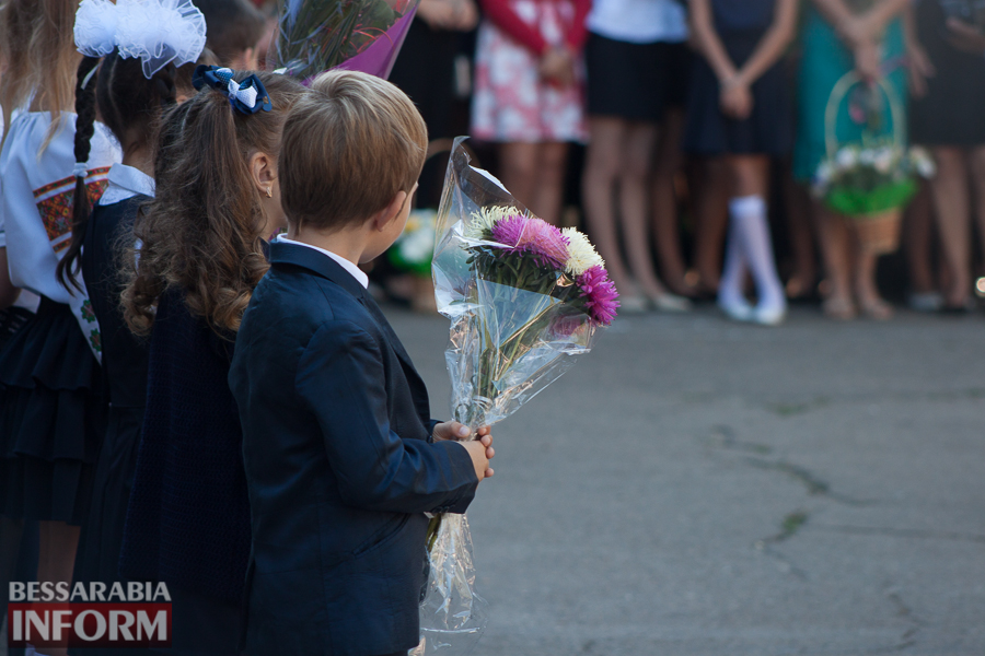 IMG_0664 1 сентября в школах Измаила раздался первый звонок (фоторепортаж)