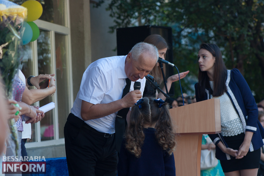 IMG_0672 1 сентября в школах Измаила раздался первый звонок (фоторепортаж)