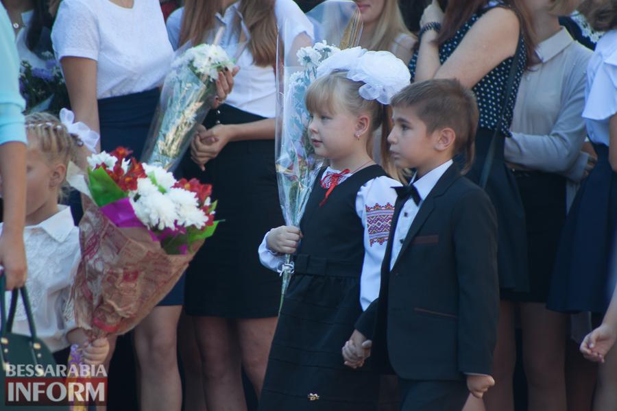 IMG_0801 1 сентября в школах Измаила раздался первый звонок (фоторепортаж)
