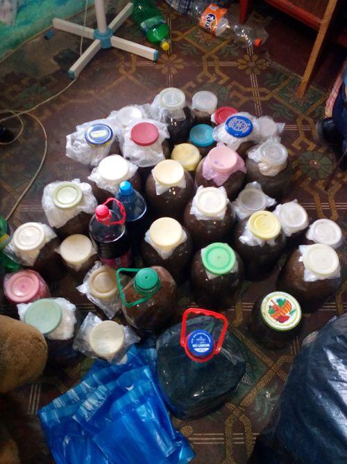 IMG_20160906_074234-1 При обыске у жительницы Килии обнаружили 22 литра опия и другие наркотические средства (ФОТО)