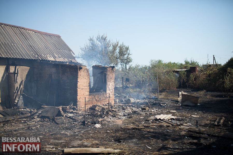 SME_3787 Измаил: последствия пожара на улице Некрасова (фото)