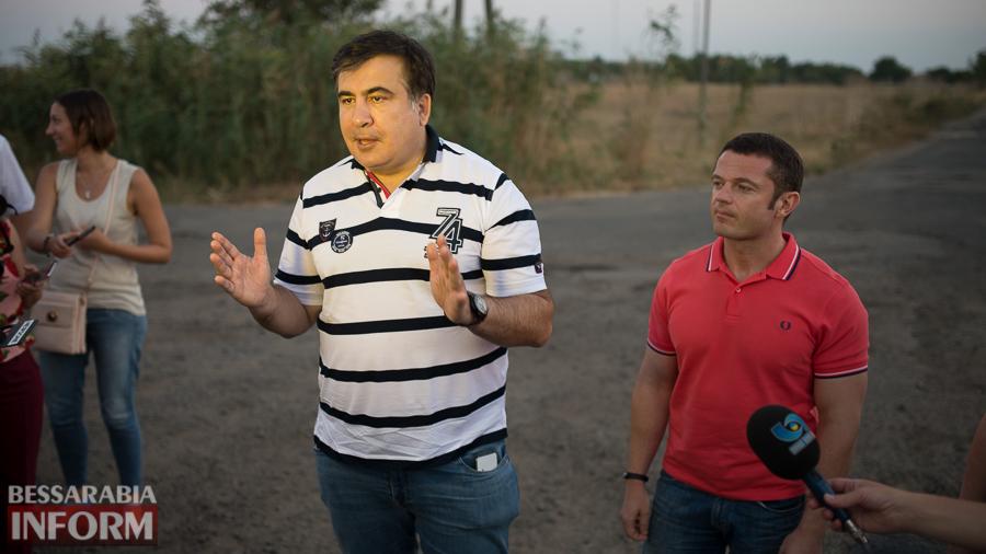 SME_4546 Измаильский р-н: губернатор Саакашвили проехался по свежеотремонтированной дороге на Муравлевку (ФОТО)