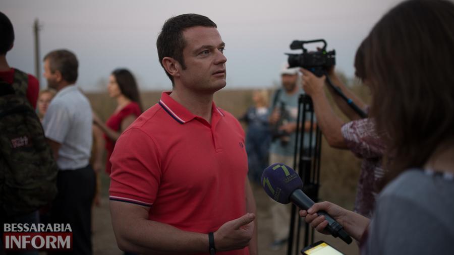 SME_4627 Измаильский р-н: губернатор Саакашвили проехался по свежеотремонтированной дороге на Муравлевку (ФОТО)