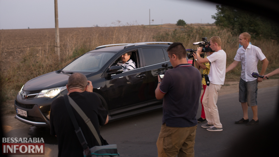 SME_4646 Измаильский р-н: губернатор Саакашвили проехался по свежеотремонтированной дороге на Муравлевку (ФОТО)
