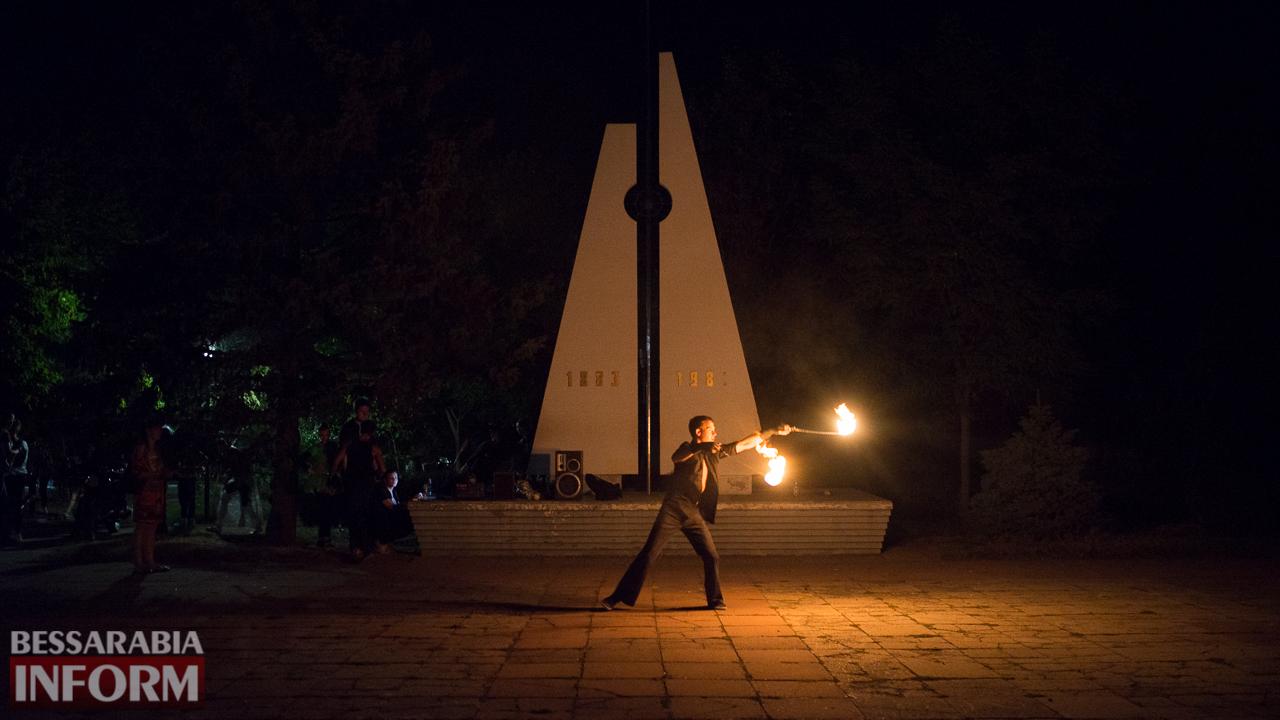 SME_5132 ФОТОРЕПОРТАЖ: зрелищное фаер-шоу прошло в Измаиле на набережной
