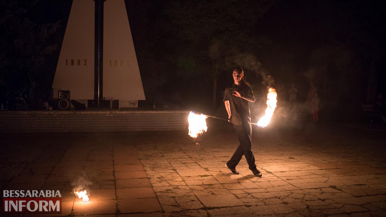 SME_5190 ФОТОРЕПОРТАЖ: зрелищное фаер-шоу прошло в Измаиле на набережной