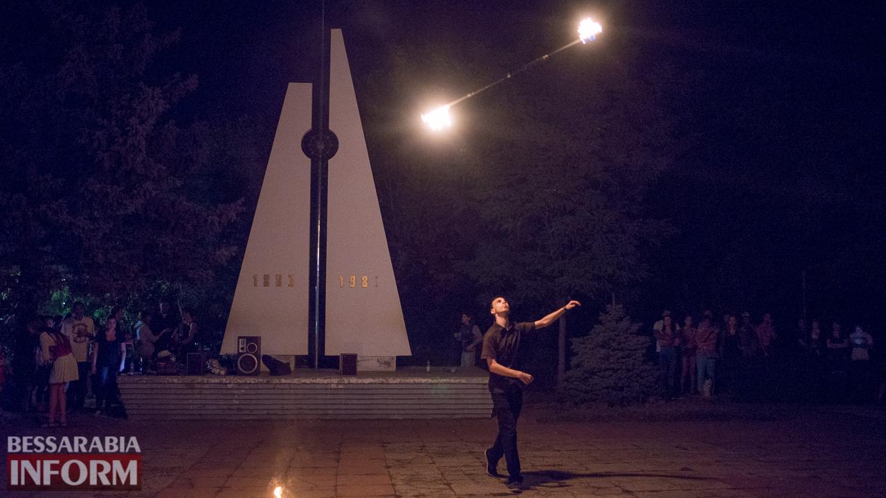 SME_5219 ФОТОРЕПОРТАЖ: зрелищное фаер-шоу прошло в Измаиле на набережной