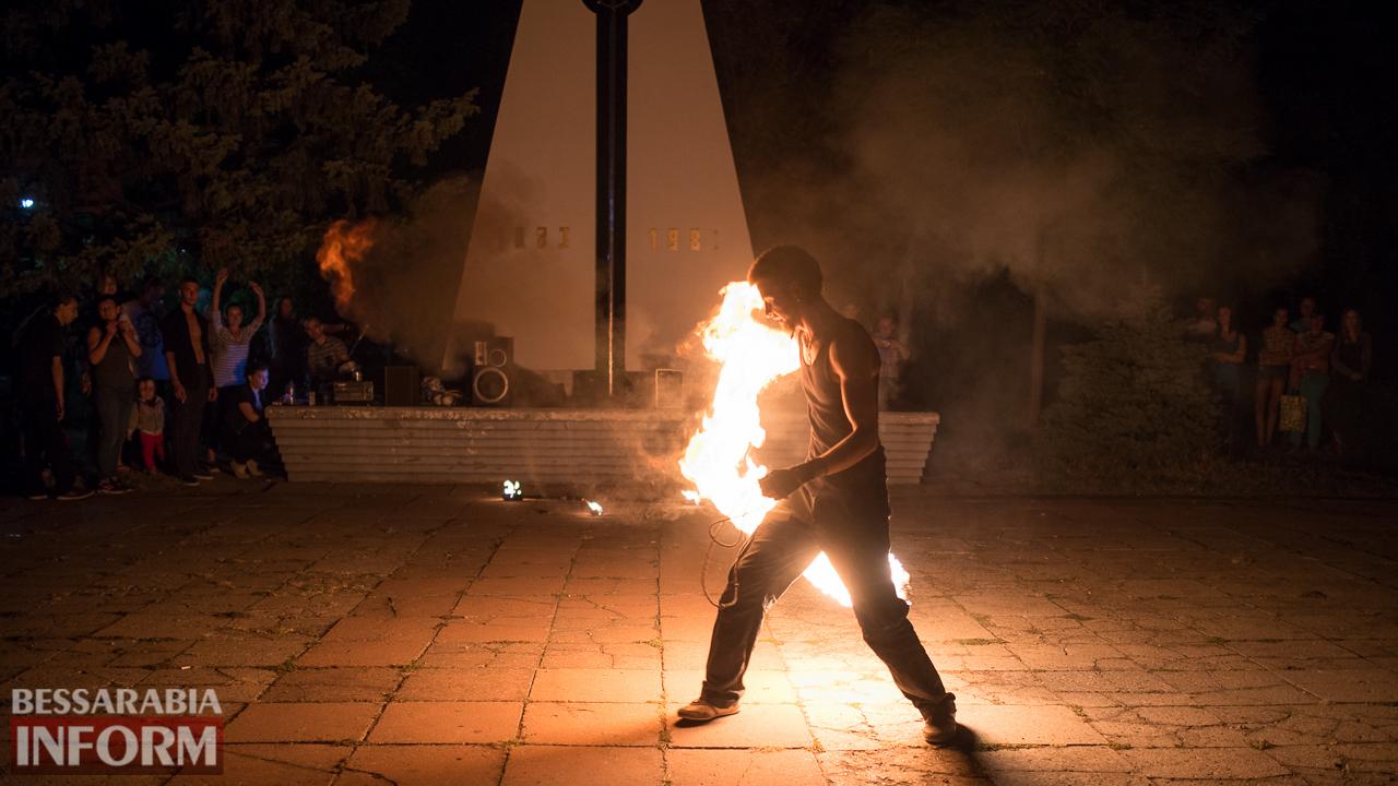 SME_5283 ФОТОРЕПОРТАЖ: зрелищное фаер-шоу прошло в Измаиле на набережной