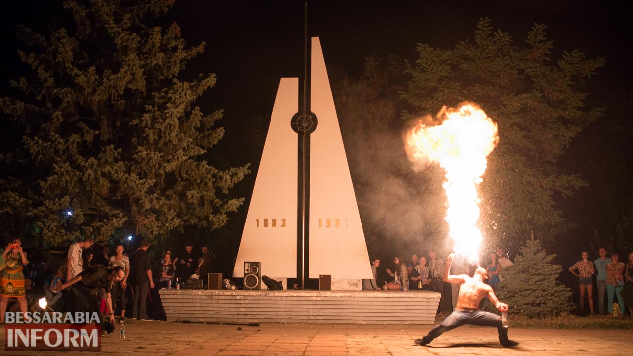 SME_5331 ФОТОРЕПОРТАЖ: зрелищное фаер-шоу прошло в Измаиле на набережной